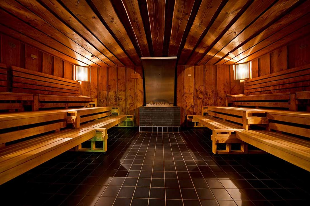 sauna in berlin wellness and spa. Black Bedroom Furniture Sets. Home Design Ideas