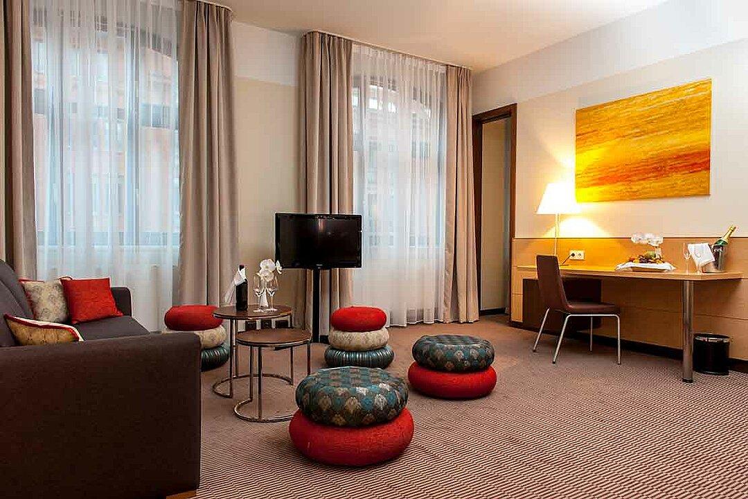 Moderne und komfortable zimmer in berlin spandau centrovital for Zimmer suite