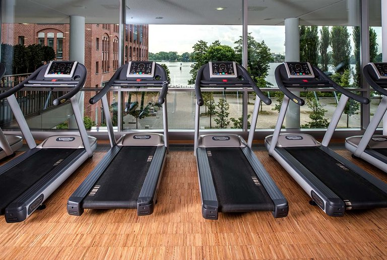 Gym equipment at the SPA & Sportclub centrovital