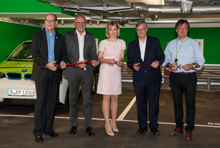 Sleep & Charge, the opening of EV charging stations at centrovital Berlin on 14/09/2016