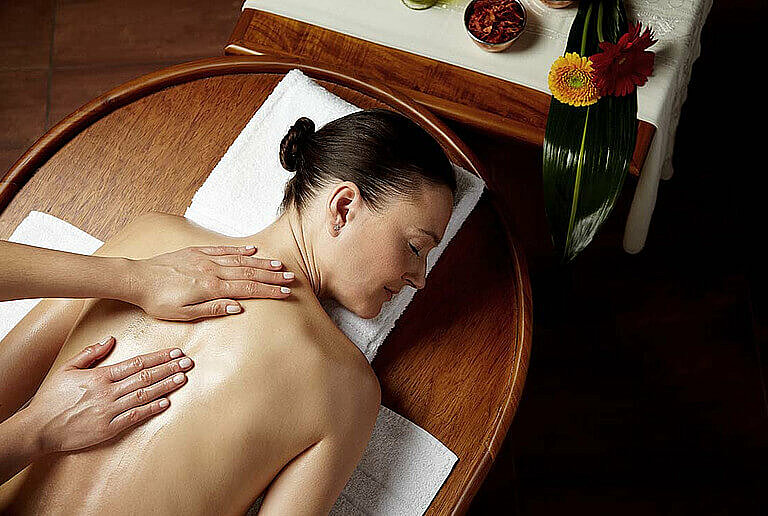 Ayurveda massage at centrovital